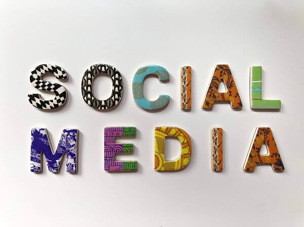 A Guide To Using Social Media To Your Advantage As A Small Business