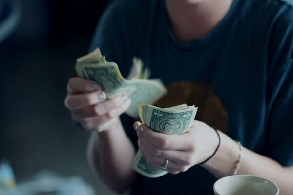 Online Instant Money Trading Profits